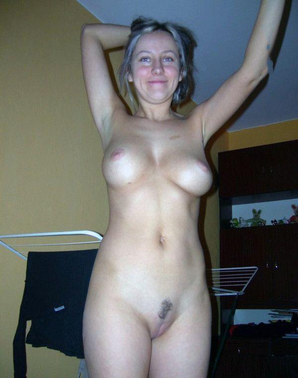 amatrice nue Jolie