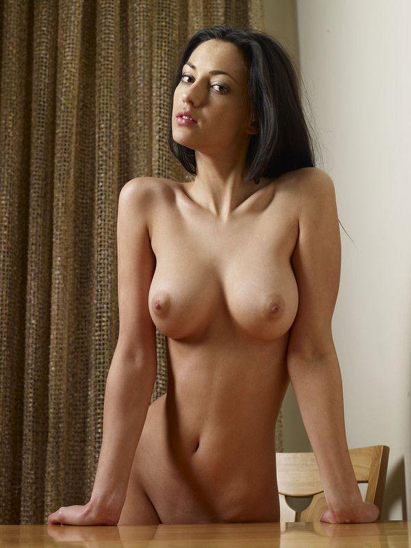 black nue escort girl le puy en velay