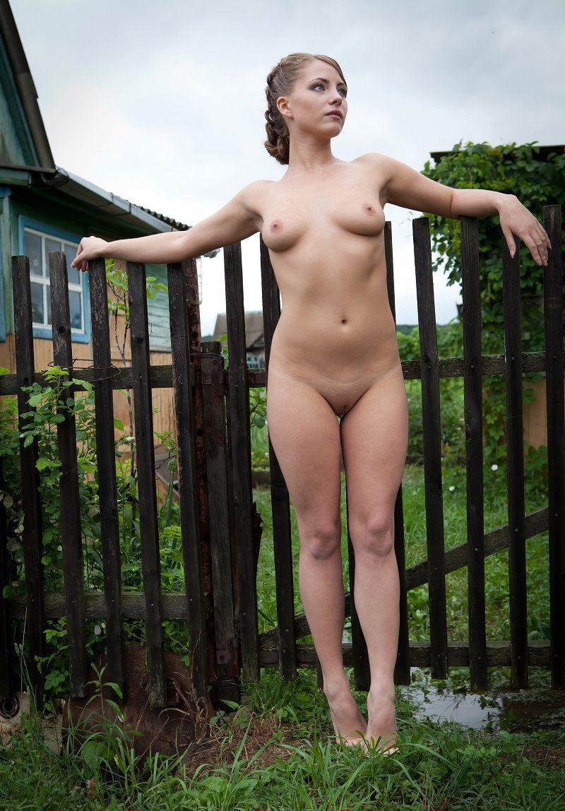 анальный фото голышки крупненько девочку