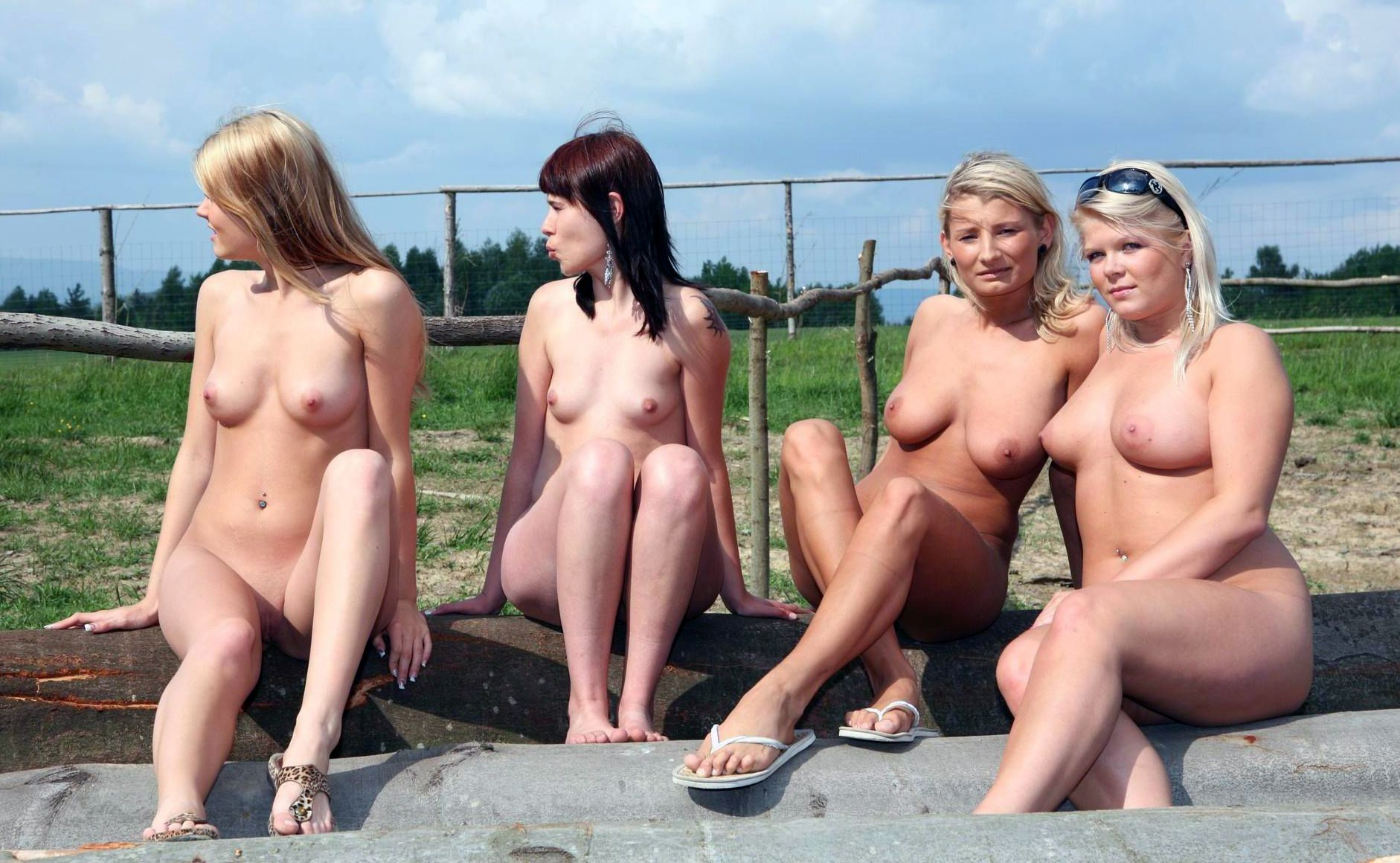 Filles nues au printemps b reak